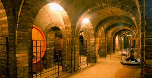 Fattoria pulcino a montepulciano viaggio nel vino nobile for Piani del centro di intrattenimento della fattoria